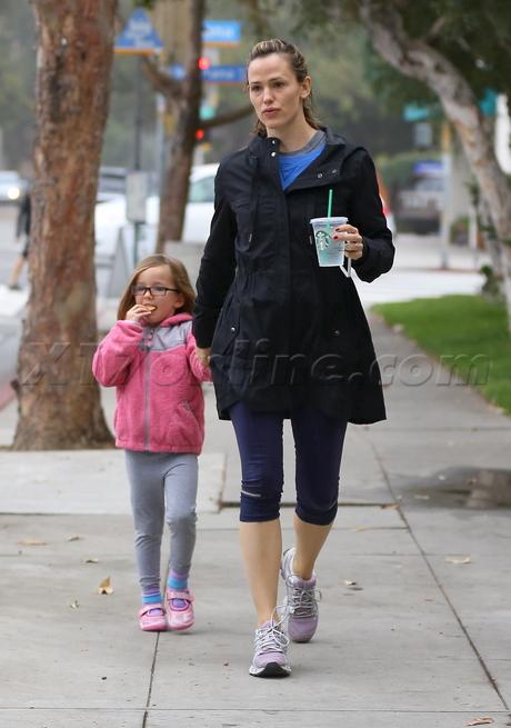 EXCLUSIVE Make up free Jennifer Garner needs some serious sleep!